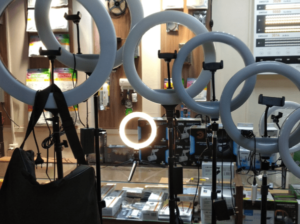 Кольцевая лампа DC LED 200 мм
